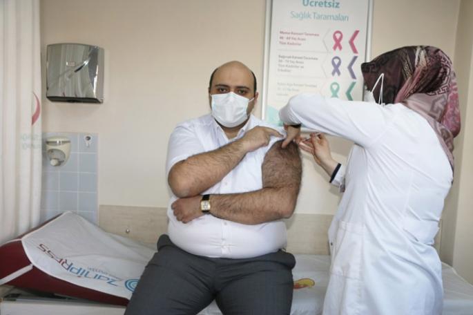 Başkan Orhan ilk doz Covid aşısını yaptırdı