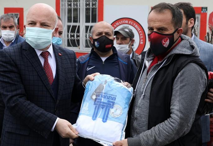 Büyükşehir'den malzeme desteği