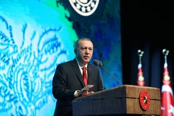 Erdoğan: Aile kurumuna sahip çıkmalıyız