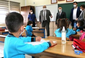 Aziziye'den okullara maske desteği