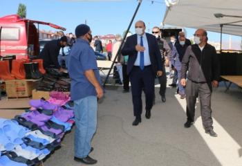 Başkan Orhan'dan pazar istişaresi