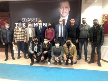 Başkan Orhan'la Aziziye'de gençlik buluşması