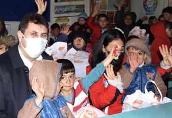 Başkan Yaşar '23 Nisan yeniden şahlanışımızdır'