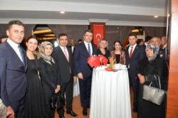 Erzurum'da Cumhuriyet Resepsiyonu