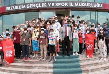 Erzurum'dan mutlu ayrıldılar