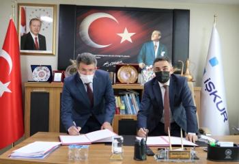 İŞKUR'dan Narman Belediyesi'ne istihdam protokolü
