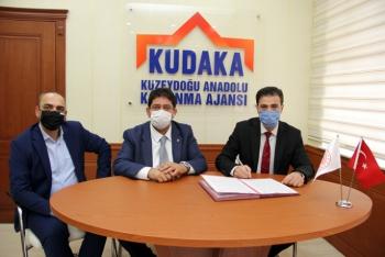 Kudaka'dan yöresel ürünlere markalaşma desteği